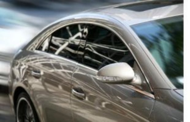 Global Light Vehicle OE Glazing Market Analysis By Applications and Types  2022